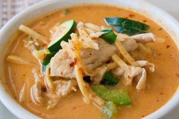 Keto-Thai Chicken Red Curry